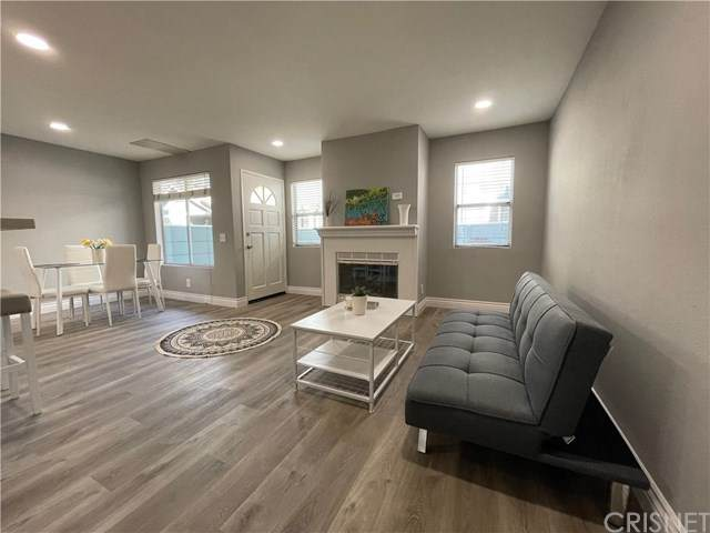 3938 Cochran Street #43, Simi Valley, CA 93063 (#SR21062038) :: Realty ONE Group Empire
