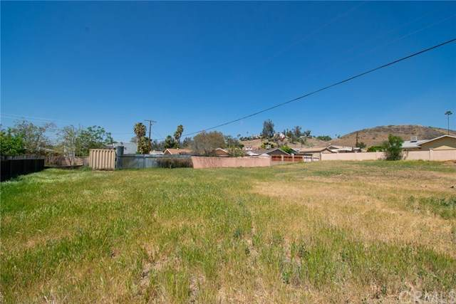 0 Illinois, Lake Elsinore, CA 92530 (#IV21075829) :: Jett Real Estate Group