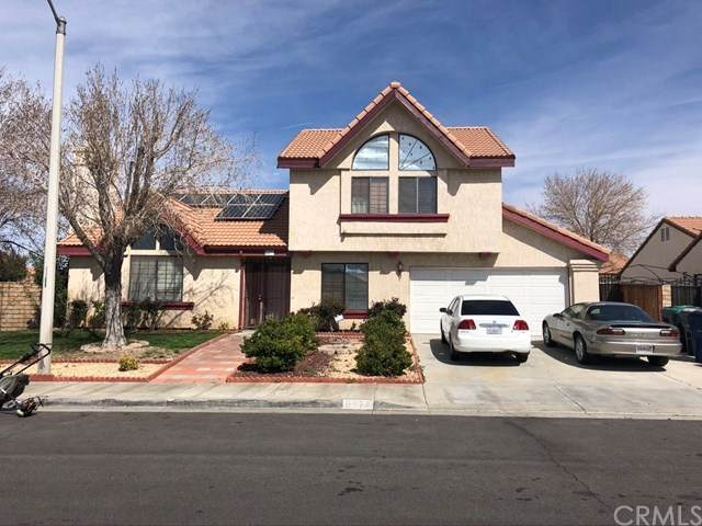 5377 Blue Sage Drive, Palmdale, CA 93552 (#DW21075924) :: Team Forss Realty Group