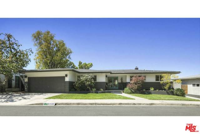 8428 Allenwood Road, Los Angeles (City), CA 90046 (#21717584) :: Jett Real Estate Group