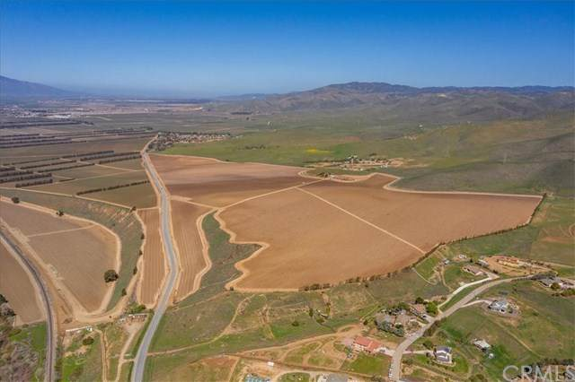 35095 Metz Road, Soledad, CA 93960 (#NS21075353) :: Power Real Estate Group