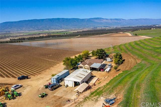 35095 Metz Road, Soledad, CA 93960 (#NS21076187) :: Power Real Estate Group