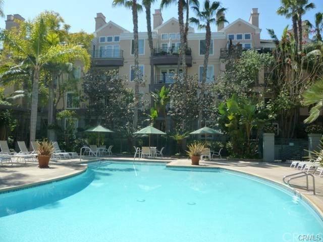 2253 Martin Street #410, Irvine, CA 92612 (#NP21075597) :: Doherty Real Estate Group