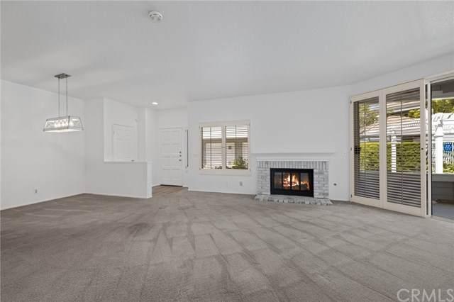 158 Woodburne, Newport Beach, CA 92660 (#NP21074035) :: Doherty Real Estate Group