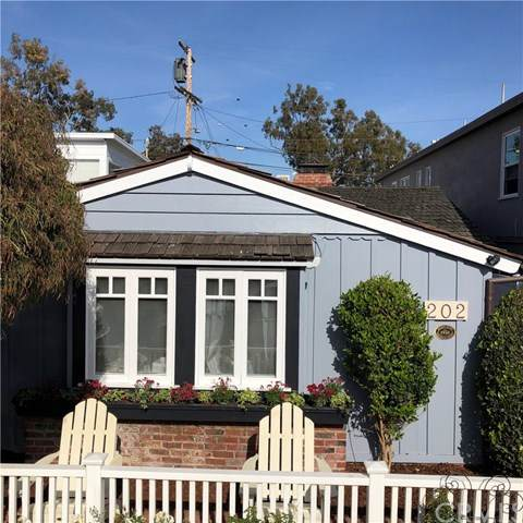 202 Onyx Avenue, Newport Beach, CA 92662 (#NP21051086) :: Doherty Real Estate Group