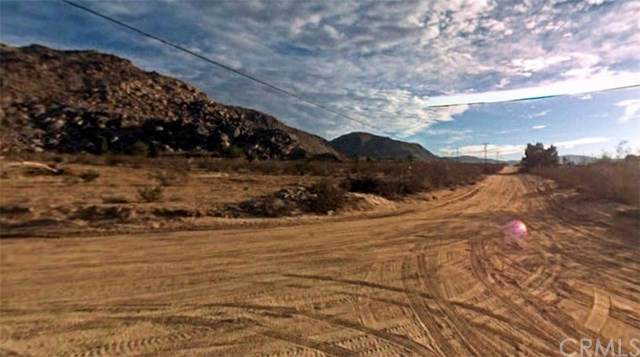 0 Shoshone Road, Apple Valley, CA 92307 (#CV21076707) :: RE/MAX Masters