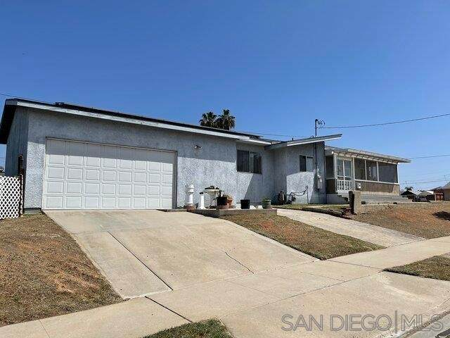 3890 Redwood St, San Diego, CA 92105 (#210009488) :: Doherty Real Estate Group