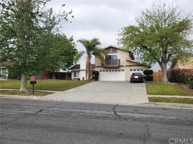 1041 N Idyllwild Avenue, Rialto, CA 92376 (#TR21076892) :: RE/MAX Masters