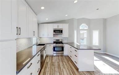 25926 Summer Hill Ct., Murrieta, CA 92562 (#SW21076649) :: Power Real Estate Group
