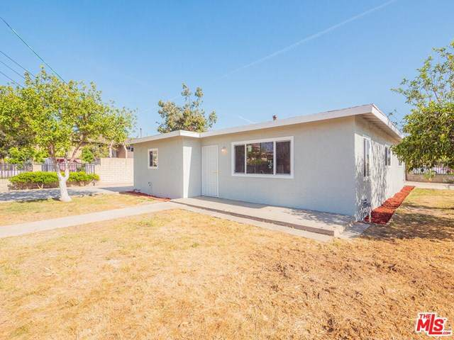 884 W La Jolla Street, Placentia, CA 92870 (#21717550) :: The Results Group