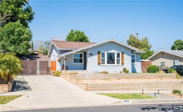 8996 Candlewood Street, Rancho Cucamonga, CA 91730 (#PW21072015) :: The Results Group