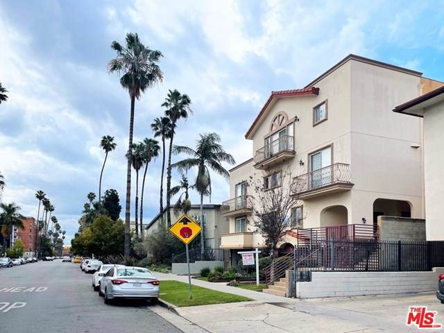 429 S St Andrews Place #8, Los Angeles (City), CA 90020 (#21718500) :: Wendy Rich-Soto and Associates