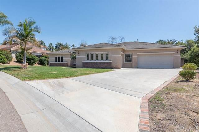 843 Hillcrest Terrace, Fallbrook, CA 92028 (#SW21075587) :: Team Forss Realty Group