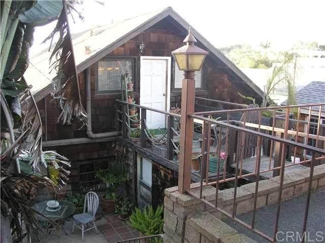 215 N Granados Ave, Solana Beach, CA 92075 (#NDP2103936) :: Go Gabby
