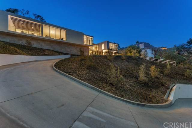 283 Bell Canyon Road, Bell Canyon, CA 91307 (#SR21077475) :: Realty ONE Group Empire