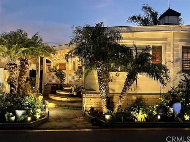 20701 Beach Boulevard #220, Huntington Beach, CA 92648 (#PW21077845) :: Compass