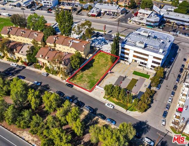 22949 Del Valle Street, Woodland Hills, CA 91364 (#21718912) :: Wendy Rich-Soto and Associates