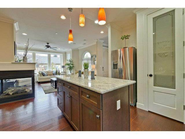 1216 Hollenbeck Avenue, Sunnyvale, CA 94087 (#ML81838862) :: Powerhouse Real Estate