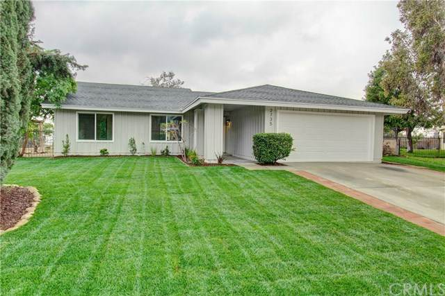2735 28th Street, Highland, CA 92346 (#PW21078071) :: Wendy Rich-Soto and Associates