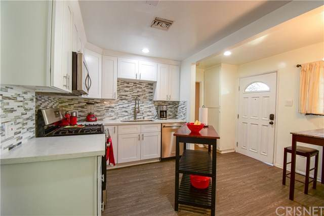 6721 Cedros Avenue, Van Nuys, CA 91405 (#SR21075333) :: Koster & Krew Real Estate Group | Keller Williams