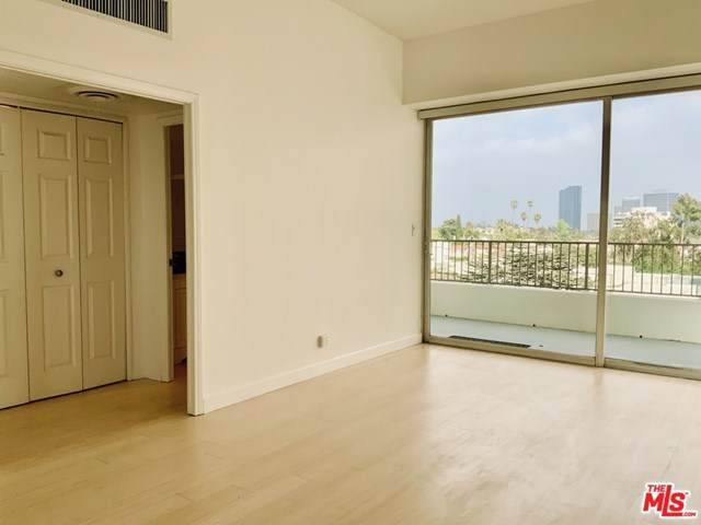 10501 Wilshire Boulevard #812, Los Angeles (City), CA 90024 (#21718400) :: Compass