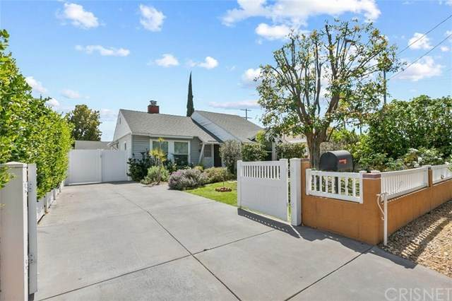 15242 Wyandotte Street, Van Nuys, CA 91405 (#SR21078364) :: Koster & Krew Real Estate Group | Keller Williams