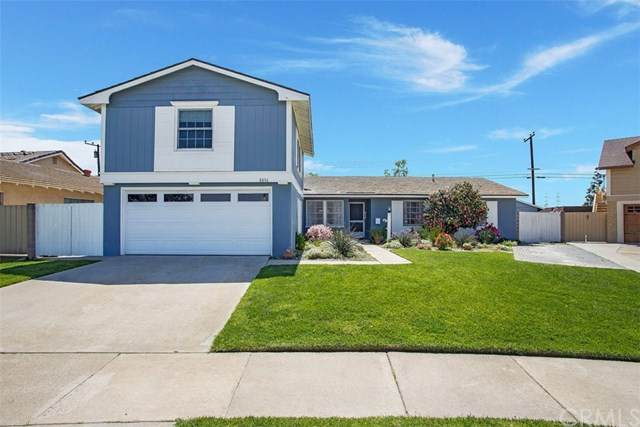 8806 La Casita Avenue, Fountain Valley, CA 92708 (#OC21077389) :: Team Forss Realty Group