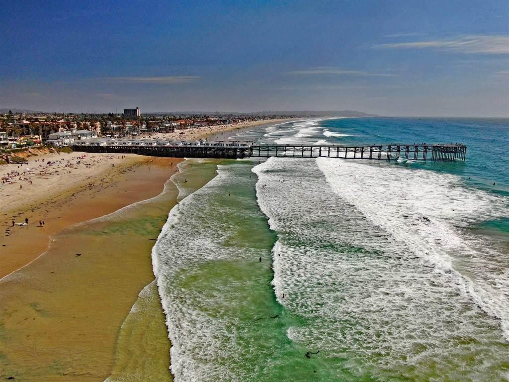834 Felspar St., San Diego, CA 92109 (#210009678) :: Crudo & Associates