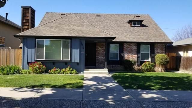 1034 Prune Street, Hollister, CA 95023 (#ML81831908) :: Wahba Group Real Estate | Keller Williams Irvine