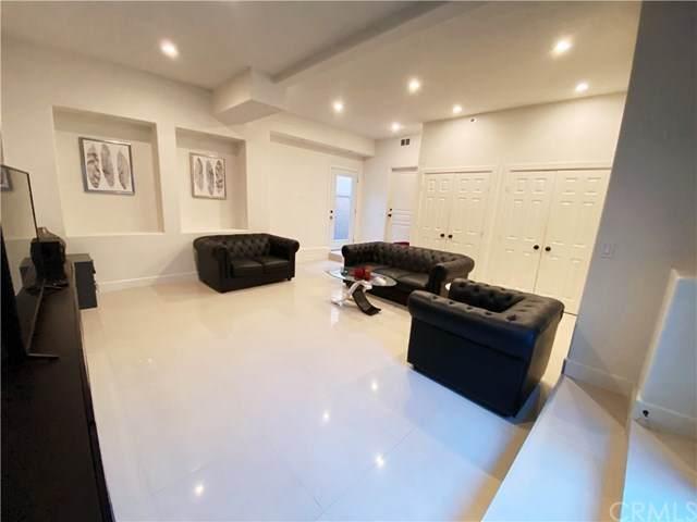 25 Habitat, Irvine, CA 92618 (#OC21074949) :: Cesi Pagano & Associates