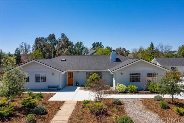 90 Foxtail Lane, Templeton, CA 93465 (#SC21077439) :: Compass