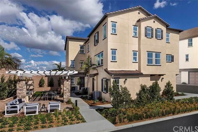 732 North Ethan Way, Anaheim, CA 92805 (#OC21078936) :: The Kohler Group