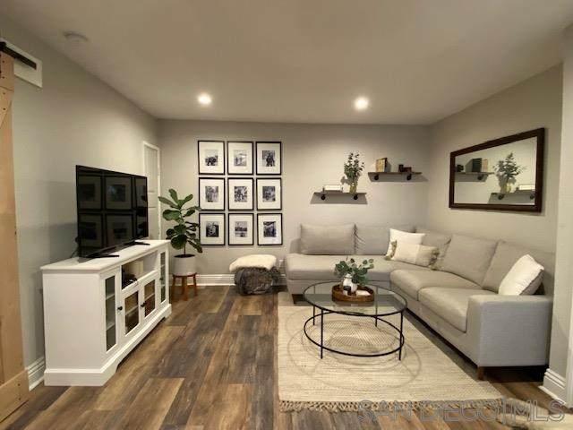 8731 Graves Avenue #6, Santee, CA 92071 (#210009732) :: The Kohler Group