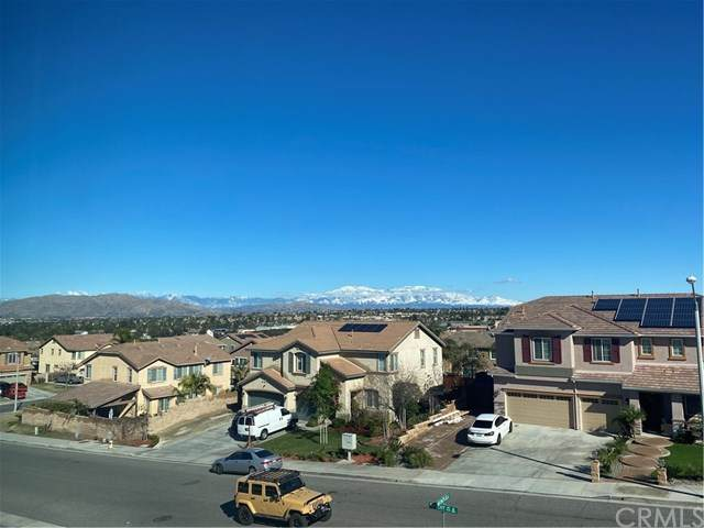 9293 Dauchy Avenue, Riverside, CA 92508 (#AR21078965) :: Mainstreet Realtors®