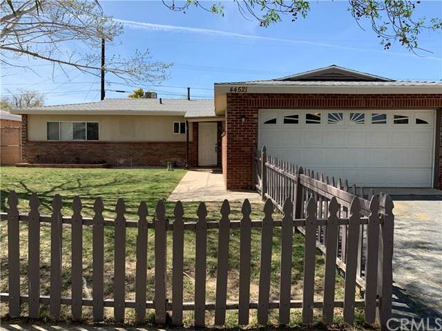 44521 Stanridge Avenue, Lancaster, CA 93535 (#CV21077465) :: Cal American Realty