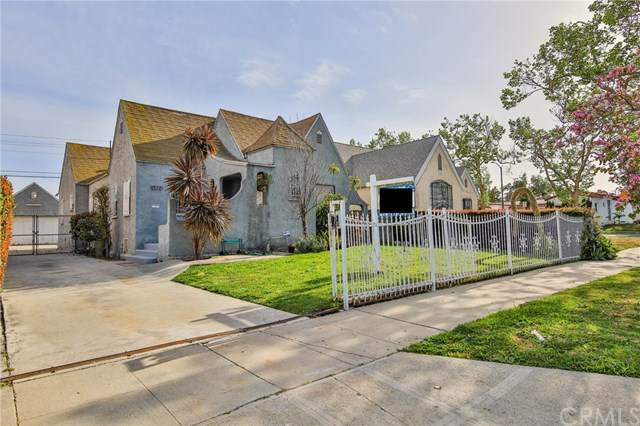 1952 W 77th Street, Los Angeles (City), CA 90047 (#PW21079184) :: Zen Ziejewski and Team
