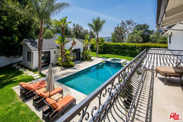 9776 Suffolk Drive, Beverly Hills, CA 90210 (#21719822) :: Team Forss Realty Group