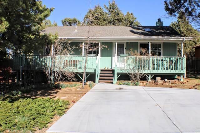 639 Villa Grove Avenue - Photo 1