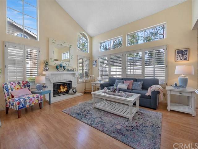 21122 Castleview #9, Lake Forest, CA 92630 (#OC21079169) :: Berkshire Hathaway HomeServices California Properties