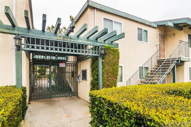 10636 Woodley Avenue #40, Granada Hills, CA 91344 (#SR21079746) :: The Brad Korb Real Estate Group