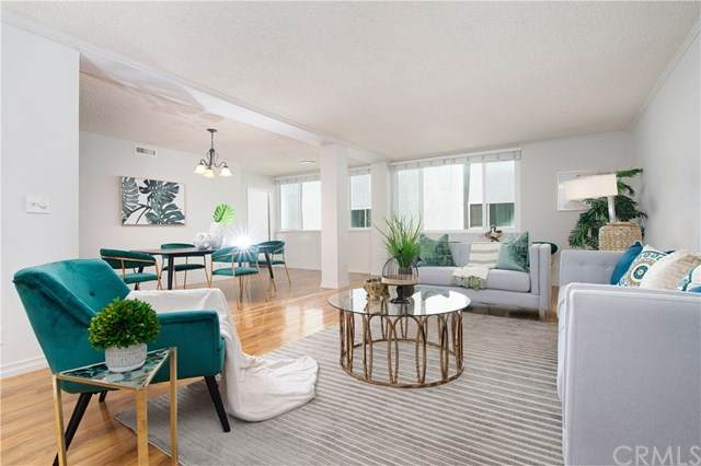 540 Kelton Avenue #201, Los Angeles (City), CA 90024 (#OC21080767) :: RE/MAX Empire Properties