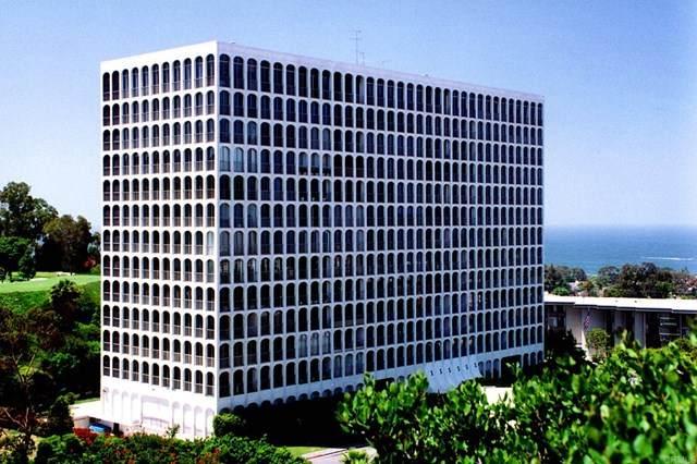 1001 Genter  St 1C, La Jolla, CA 92037 (#NDP2104117) :: Crudo & Associates
