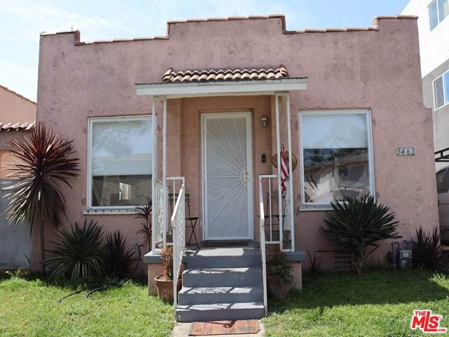 5462 Carlin Street, Los Angeles (City), CA 90016 (#21720398) :: Team Forss Realty Group