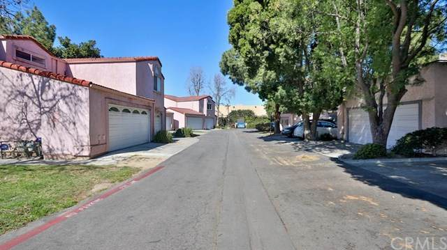 117 Racquet Club, Compton, CA 90220 (#PW21044410) :: Team Forss Realty Group