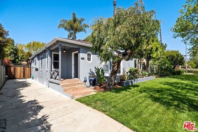 745 N Poinsettia Place, Los Angeles (City), CA 90046 (#21720894) :: Berkshire Hathaway HomeServices California Properties