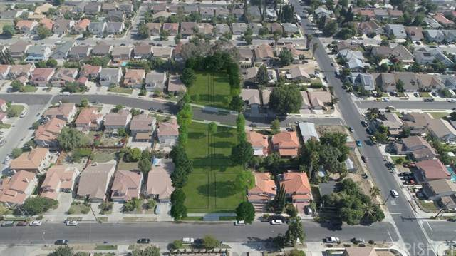 20327 Stagg Street, Winnetka, CA 91306 (#SR21083111) :: Mainstreet Realtors®
