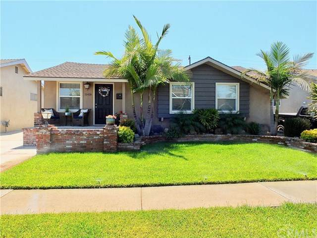 11418 213th Street, Lakewood, CA 90715 (#RS21079222) :: Team Forss Realty Group