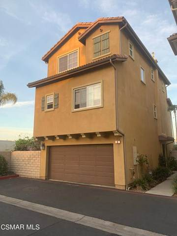 6840 De Celis Place #8, Lake Balboa, CA 91406 (#221002044) :: The Brad Korb Real Estate Group