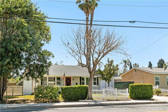 5566 Palm Avenue, Riverside, CA 92506 (#IV21081816) :: Berkshire Hathaway HomeServices California Properties
