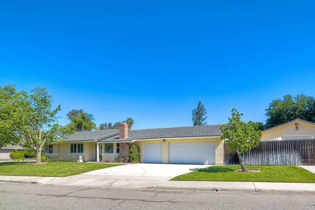 906 Buena Capri, Fallbrook, CA 92028 (#NDP2104249) :: Power Real Estate Group